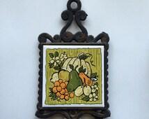 Vintage Green Trivet, Cast Iron Ceramic, Orange Fruit, Ceramic, Rustic Kitchen, Farmhouse Decor, Retro, Hot Pad, Table Protector, Pumpkin