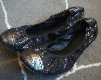 CHANEL  lace metallic ballet flats size 40 ( 9 )