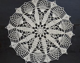 Beige crocheted doily No.21
