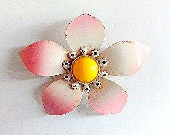 Flower Brooch- Vintage 1960's Pin