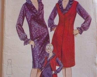 Vintage Sewing Pattern. Butterick 3322. FF unused