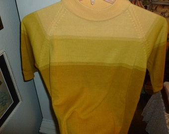 Vintage Woman's Short Sleeved Knit Sweater From The 1970's