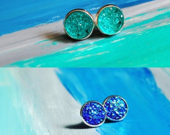 Druzy resign silver studs. In icy blue, and starry night.