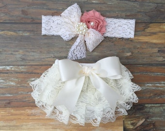 Baby bloomer set. Newborn lace ruffle diaper cover. Baby diaper cover. Shower gift for newborn girl. Newborn picture outfit.