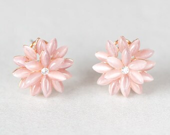 Dahlia Pink Stud Earrings - 010200019