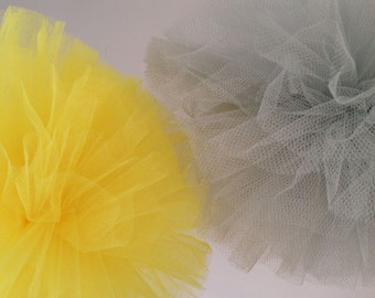 Tulle Pom Poms, Set of 12, tulle pom poms,Tutu party decoration,wedding decoration baby shower Centerpiece,Wedding pom poms