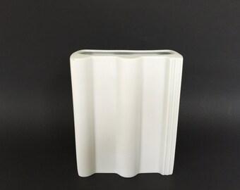 """Rosenthal Studio Line ,,Braas"""". Op Art Modernist mat white bisque porcelain vase. 1978  West Germany ."""