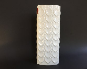 AK Kaiser  white triangular porcelain Mid Century Modern 1960s / 1970s  OP ART  relief vase Germany.