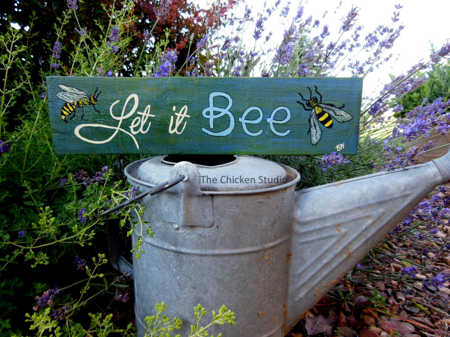 Let it bee bee sign garden decor pallet art beekeeper for Outdoor decorative signs