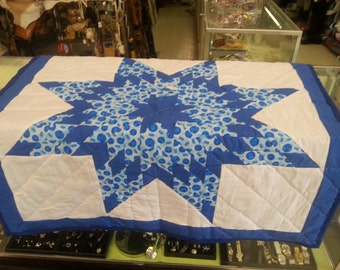 Baby Star Quilt , Baby Blanket, Handmade quilt - 41 in by 41 in. Traditional Oglala Lakota Style with hand quilting