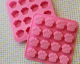 Kitten Paw Mold - Silicone Mold - Resin Mold - Candy Mold - Soap Mold - Paw Mold - 1 pc