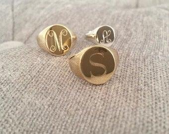 Gold engraved signet ring
