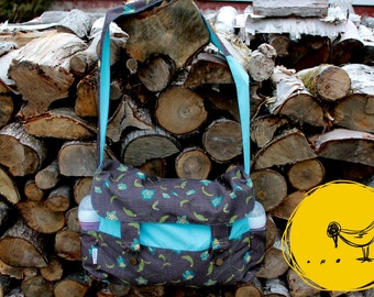 Turquoise blue layer with flower bag