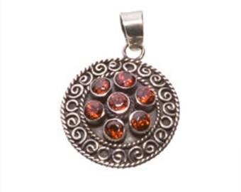 Fine Vintage  Silver Pendant.   Garnet gem and a Silver Chain.