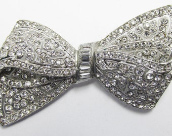 Vintage 1930s Silver Toned Pot Metal Rhinestone Bow Pin