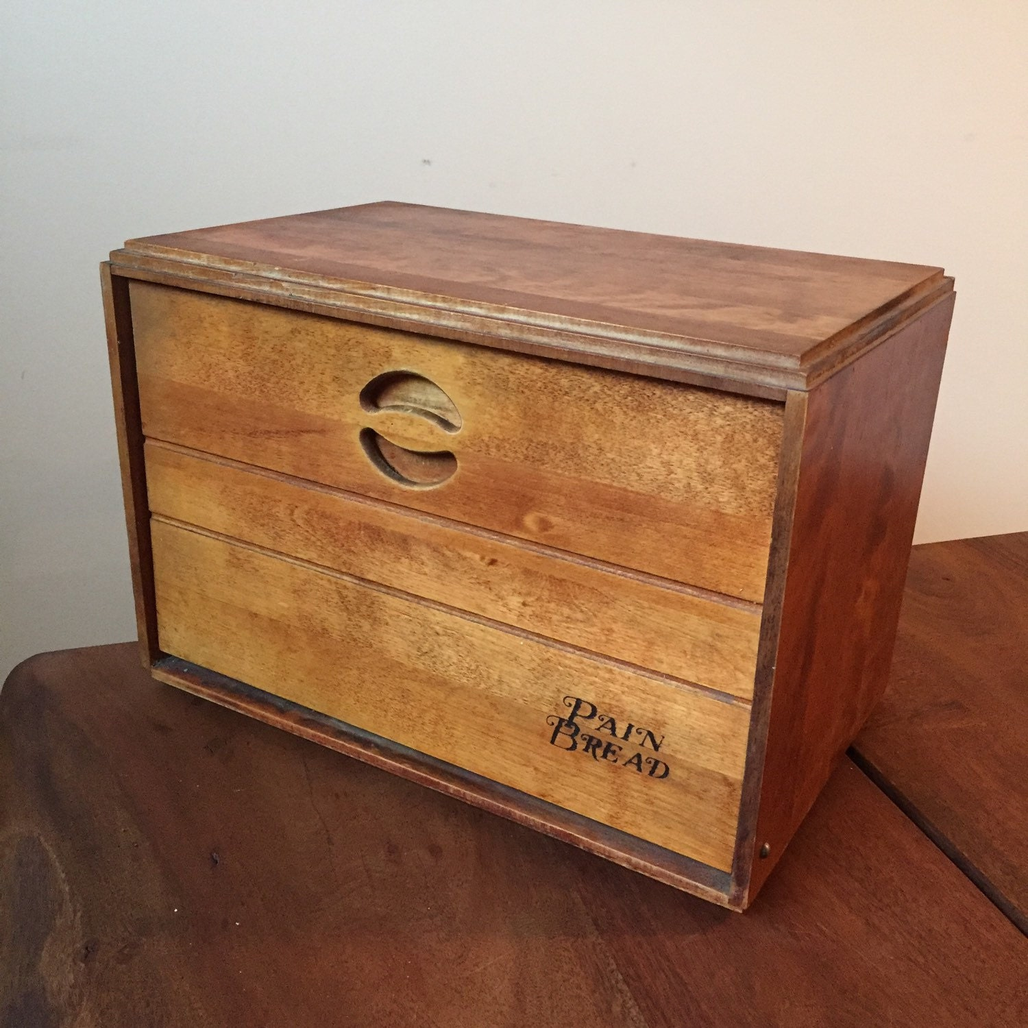 baribocraft maple wooden bread box circa 1960s from montreal. Black Bedroom Furniture Sets. Home Design Ideas