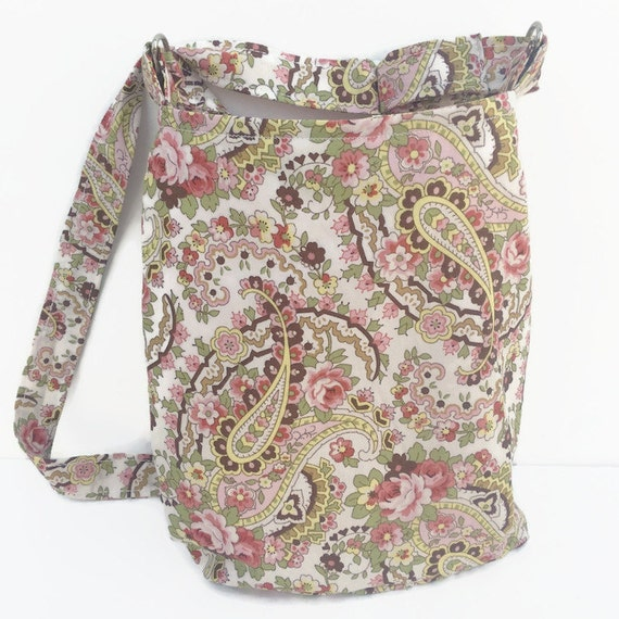 I hesitated in the beginning but desided to give it a try and bought this purse. I love it the quality is great I was going to buy the original candy bag but decidet to buy .