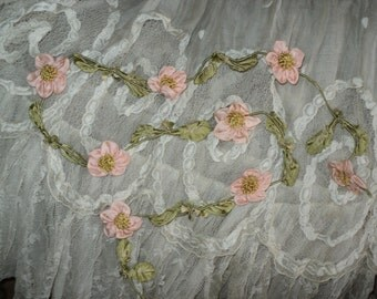 Amazing Large Silk Flower Ribbonwork Garland Peach Green 8 Flowers 1920's Textile Trim Lampshades Lingerie Collectible Ribbon Work