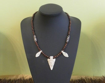 Ethnic Native American stone necklace