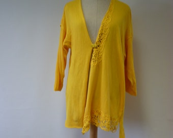 Handmade asymmetric cardigan, XXL size. Made of soft cotton.