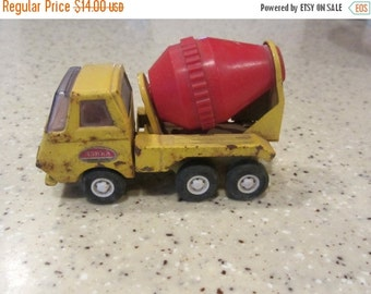 ON SALE 25% off Sale FREE Shipping Vintage Tonka Diecast Cement Truck Toy