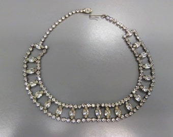 Vintage silver toned metal and rhinestones necklace/ choker . Perfect for the holidays