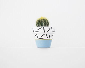 Hand Painted Blue Dash Plant Pot - 6cm
