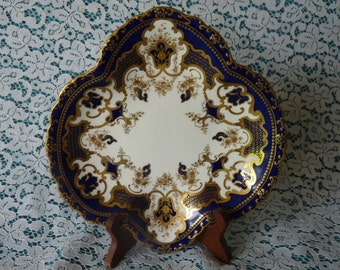 Royal Crown Derby #5558 - Free Form - Quatrefoil DISPLAY DISH TRAY with Cobalt Blue Border & Gold Scrolls, Dots and Flowers
