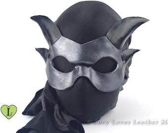 Metallic silver Mini Dragon Mask, Silver and black, Dragon Masquerade, Small Domino, Masked Wedding, Prom Masquerade, Cosplay Dragon