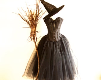 Halloween Adult Evil Witch Costume, includes Hat Various Sizes