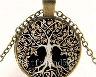 Vintage Tree of Life Glass Cabochon Tibet Bronze and Silver Chain Pendant Necklace