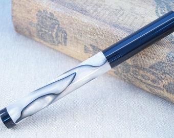 Kitless Custom Fountain Pen in Black and White