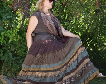 Picturesque dark brown maxi skirt. Shibori painted / Boho style.