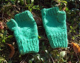 Green Fingerless Mittens / Hand Warmers