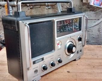 AMSTRAD world radio