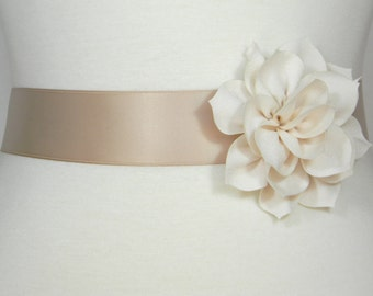 Champagne Bridal Sash, Wedding Belt, Bridal Belt, Flower Girl Dress Sash, Bridesmaid Belt, Satin Sash, Wedding Dress Belt, Simple Sash, POSY