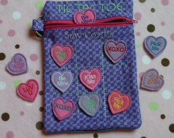 In The Hoop (ITH) zippered Tic Tac Toe Bag 5 x 7
