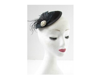 Black Silver Feather Fascinator Headpiece Hat Hair Clip Ivory Pearl Vintage W80