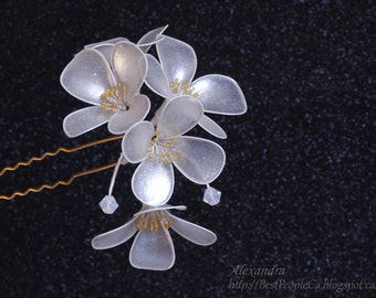 OOAK Japanese Resin Kanzashi Hair Stick Pin Jasmine Wedding Accessories. Pearl White Shiny Flowers Wire wrapped.