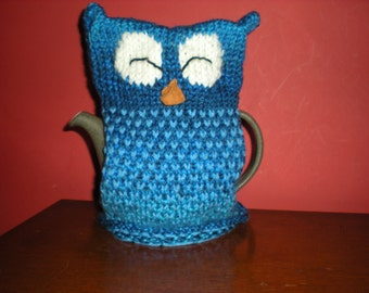 Handknit funky blue sleepy owl tea cosy (teapot not included)