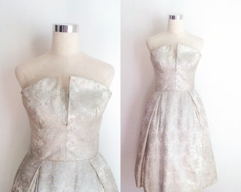 1950s Ivory & Silver Brocade Cocktail Gown with Petal Bust 26 inch Waist | 50s Ivory Short Wedding Dress Size Small