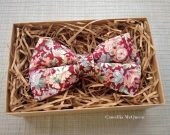 SALE! Men's bow tie, boys' bow tie, floral on burgundy bow tie