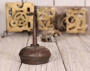 Oil can - Sewing machine oiler - 50's oiler - Vintage tin oiler - Oil dispenser - Mechanic metal oiler - Collectable oil can - Garage chic