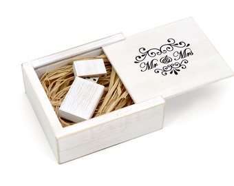 Antique Maple Wood 8GB/16GB USB Flash Drive with Printed Maple Wooden Box Filled with Raffia Grass. Wedding White - MR & MRS Design!