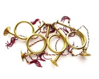 Set of 4 Vintage Brass Trumpets / Christmas Decor / Angel's Trumpets / Vintage Christmas Tree ornaments
