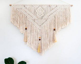 Macrame Wall Hanging 'Inferno'