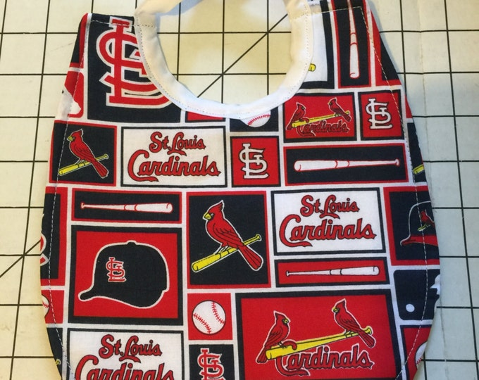 Baby Bib St. Louis Cardinals Baseball Team, Available in 2 Fabric Prints and 2 Different Sizes!!