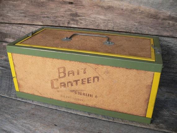 Bait canteen box fishing bait box worm box oberlin ohio for Fishing worm box