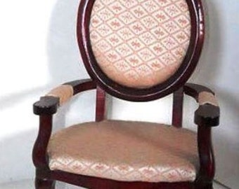 Kingsgate Uphostered Large Doll Chair