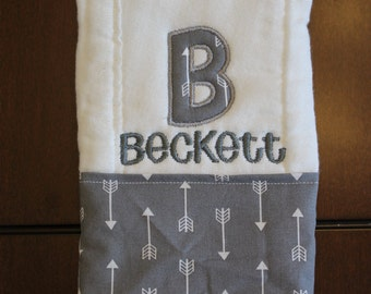 B is for.. Burp Cloth // Monogram Burp Cloth // Embroidered Burp Cloth // Baby Shower Gift